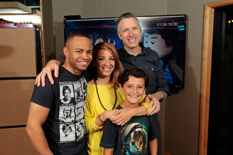 """Meet the Freemakers, from left to right: Eugene Byrd (""""Zander""""), Vanessa Lengies (""""Kordi""""), Nicolas Cantu (""""Rowan""""), and Matthew Wood (""""R0-GR""""). - TM & © Lucasfilm Ltd. All Rights Reserved"""